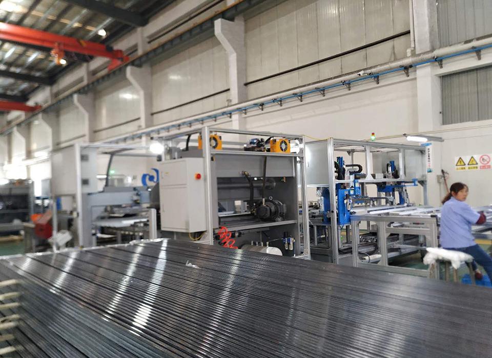 太阳能边框自动化生产线