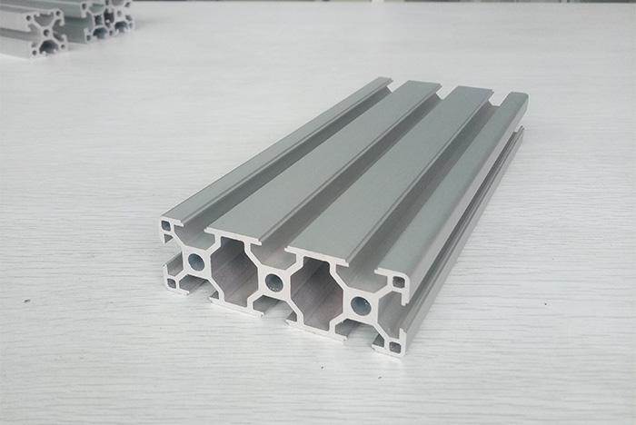 工业铝型材切割锯片的一些应用