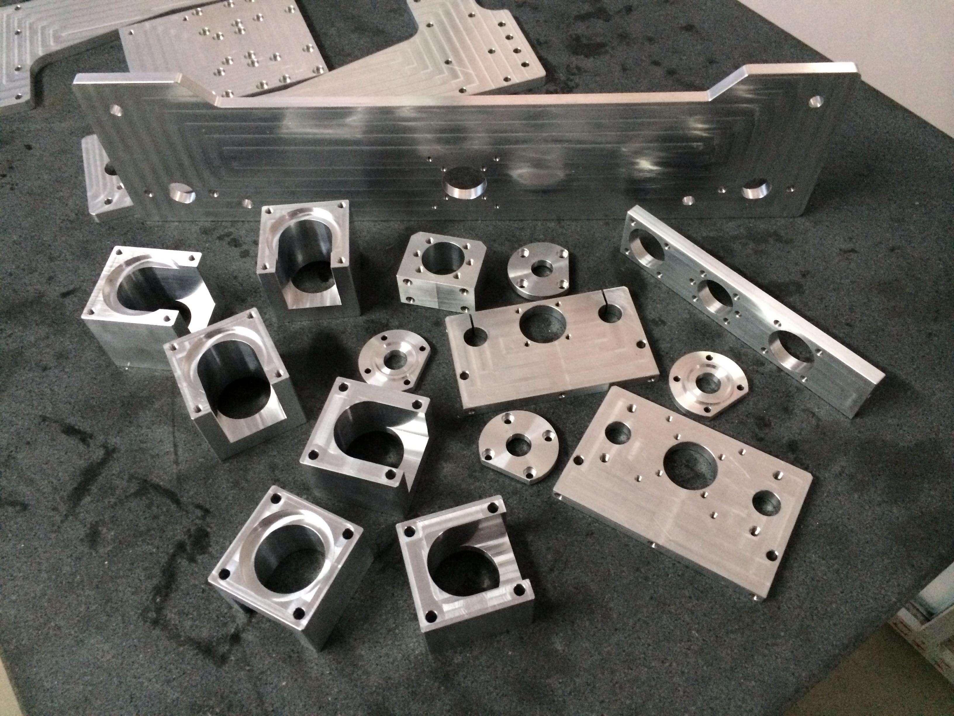 铝型材加工件