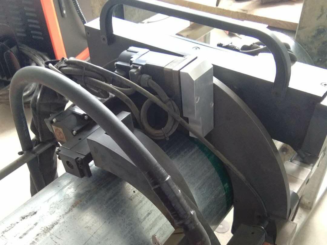 管道焊接机器人夹具有哪些特点?