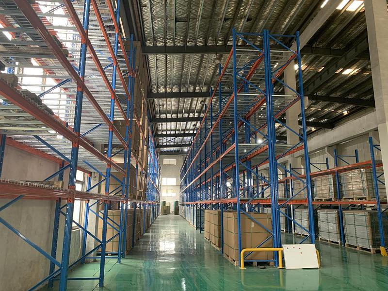 立式仓储货架