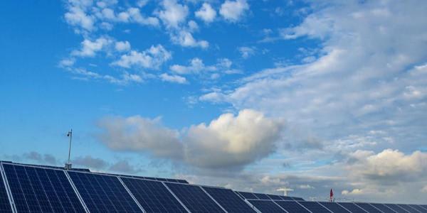 太阳能电池板组件怎样降低成本