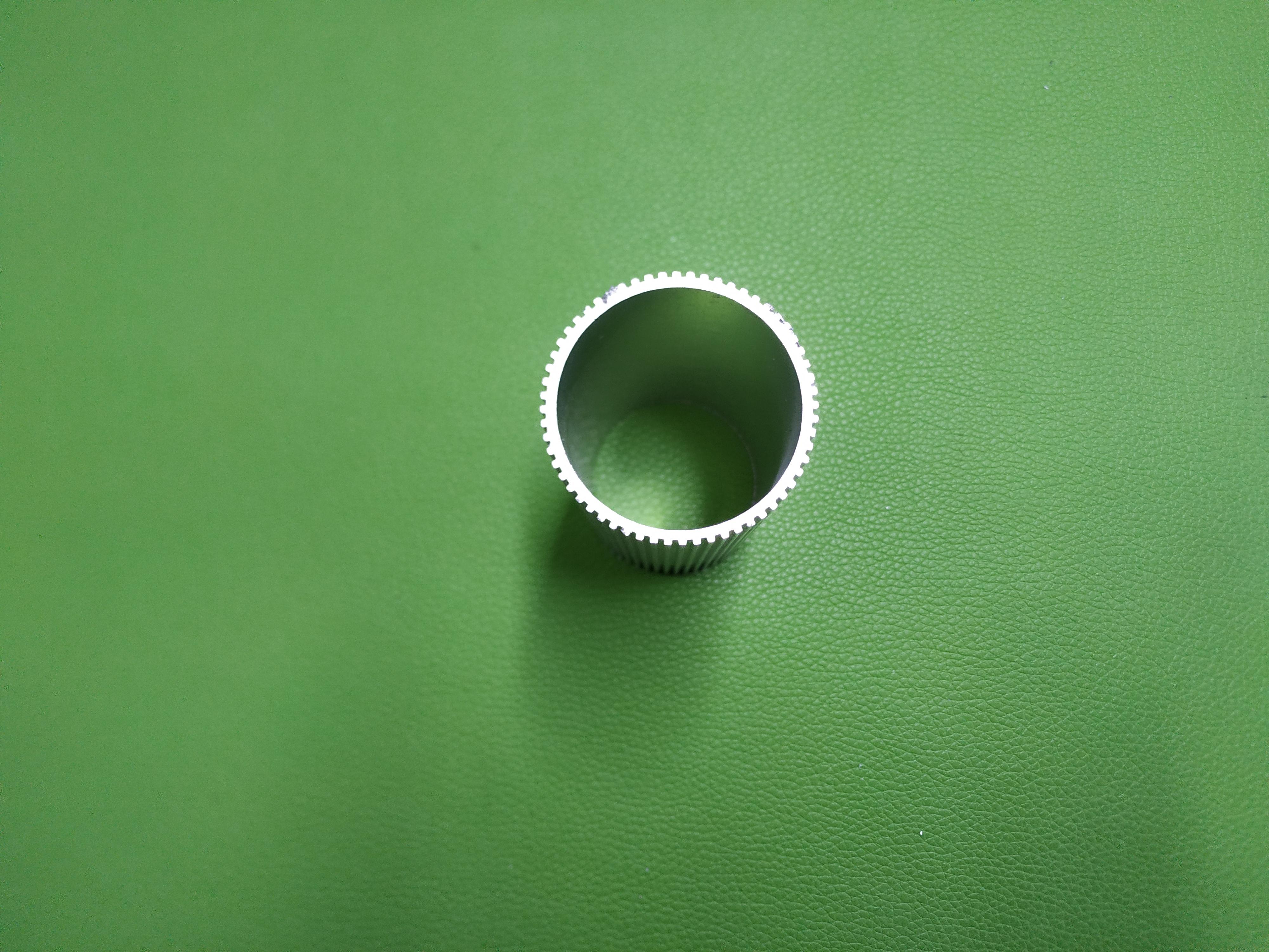 南京 鸿发有色供应通用圆管铝型材/铝合金圆管厂家直销