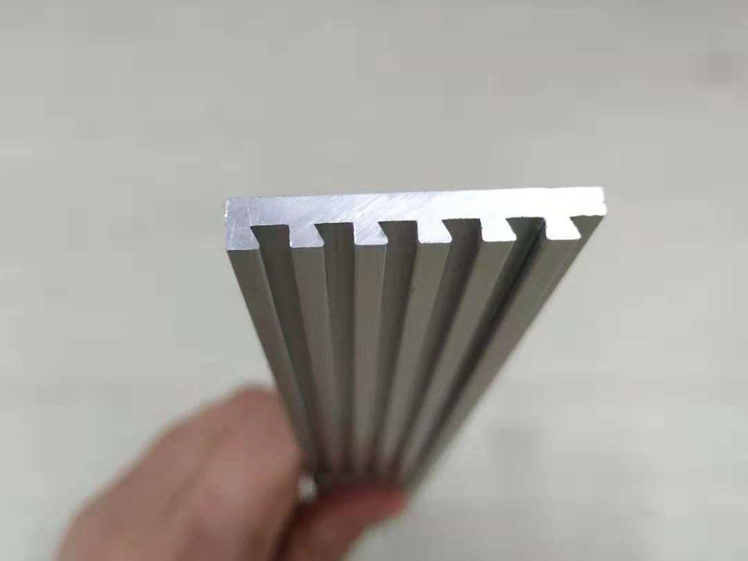 标识牌组合铝型材精加工配套