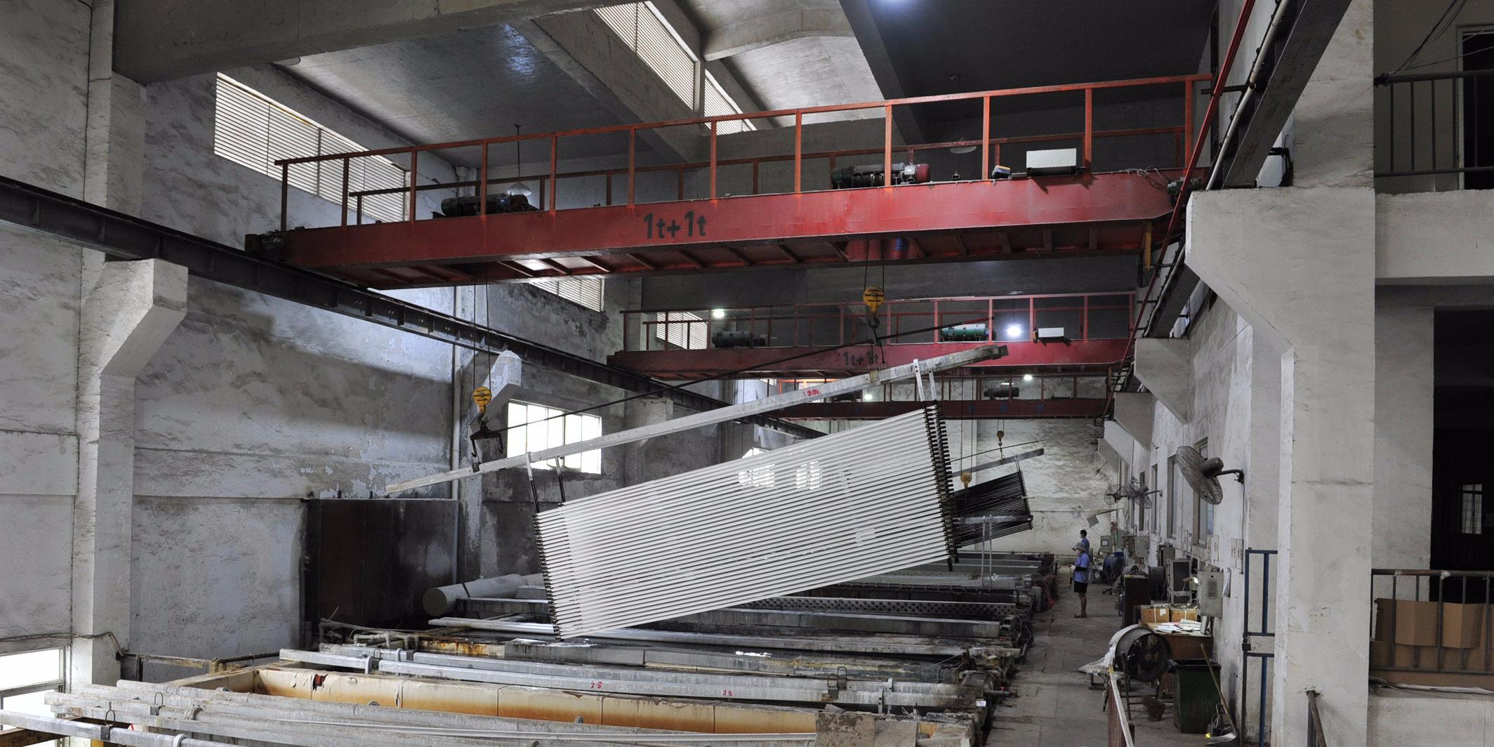 工业铝型材阳极氧化膜厚不均匀的原因
