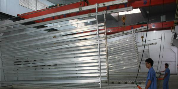 影响工业铝型材氧化膜厚的因素