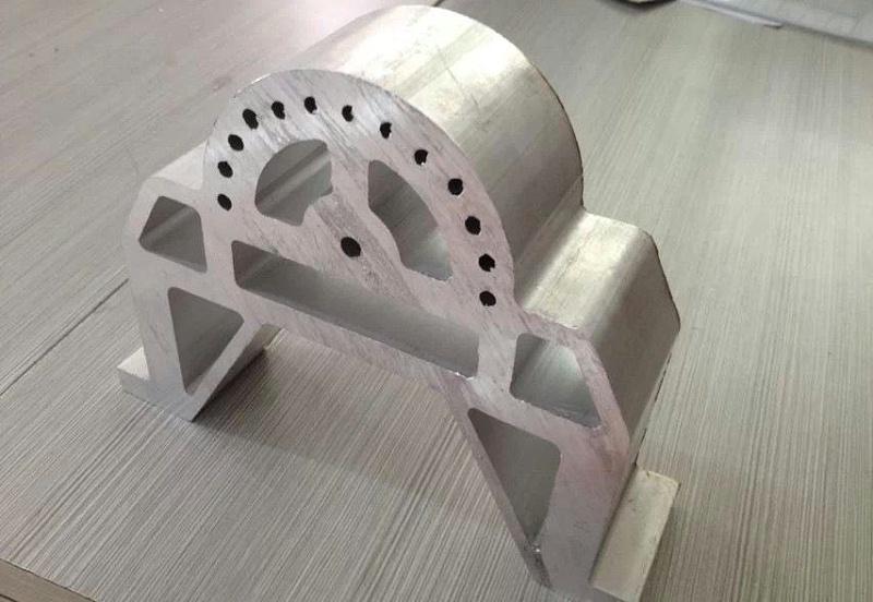 大截面铝型材
