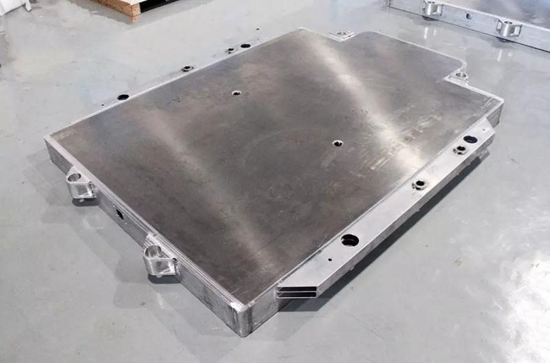 新型铝制品——新能源汽车电池铝托盘