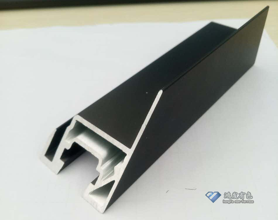 黑色太阳能边框型材