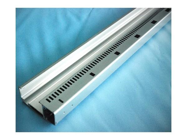 南京鸿发有色铝型材边框CNC深加工