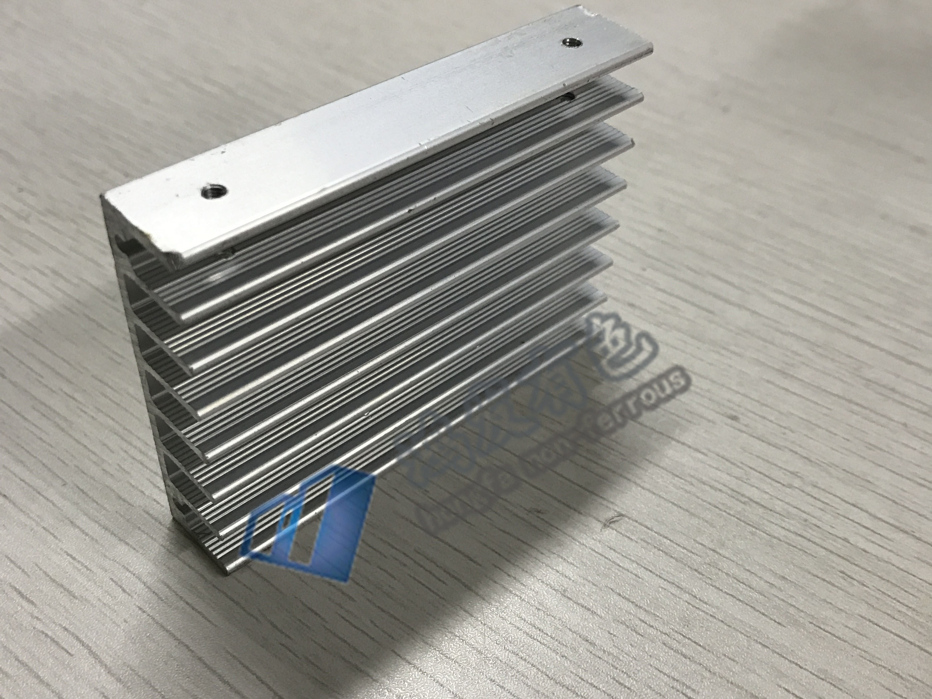 散热器生产厂家定制铝合金梳子散热器