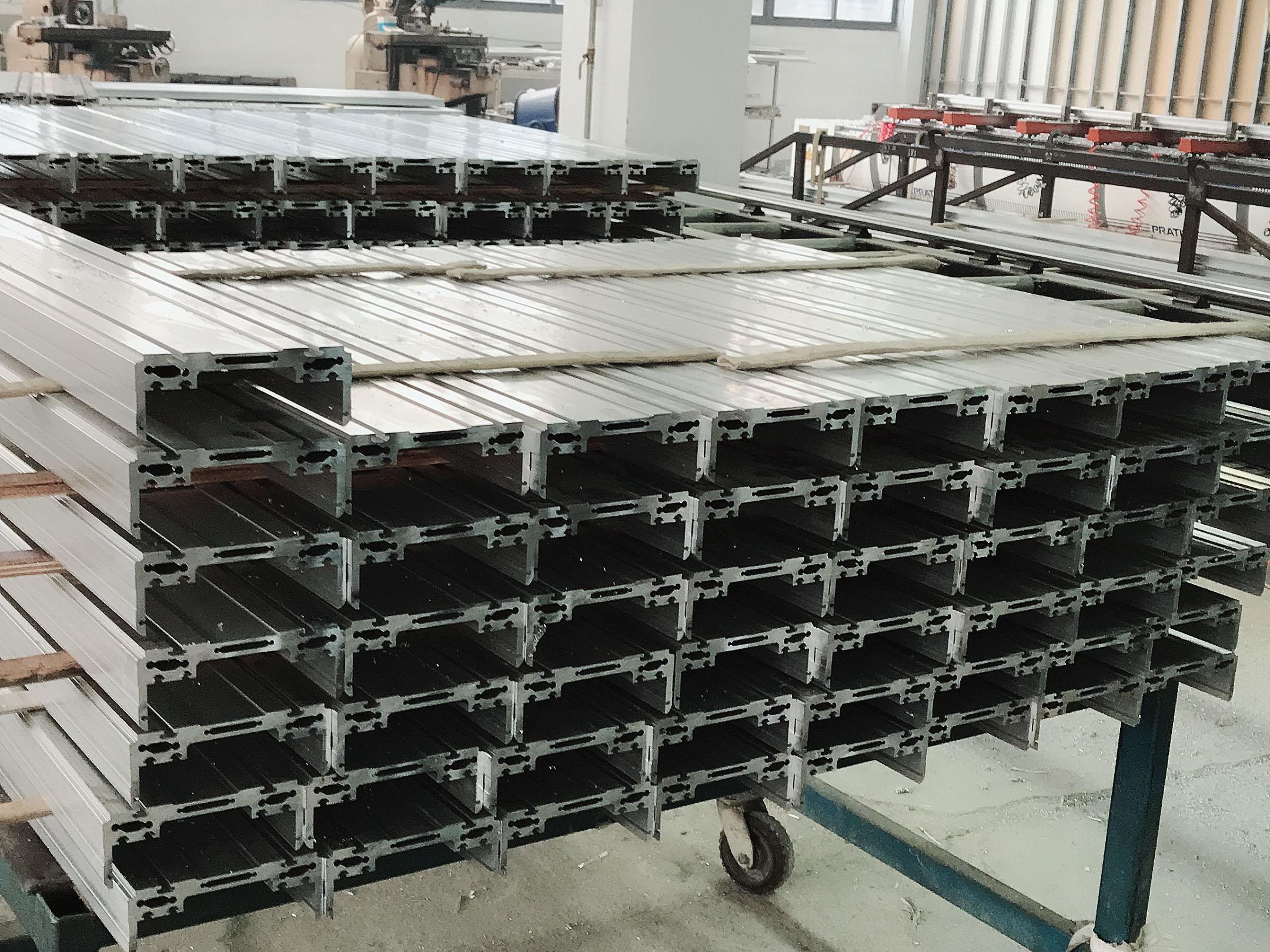 直线模组铝型材cnc加工 锯切 打孔 攻丝 铣切