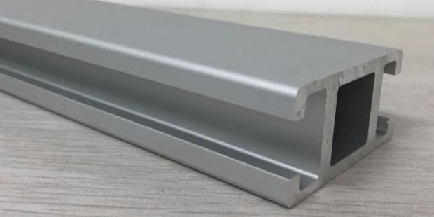 工业铝型材制品表面预处理技术
