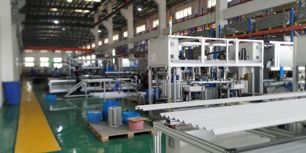 光伏组件边框自动化生产线