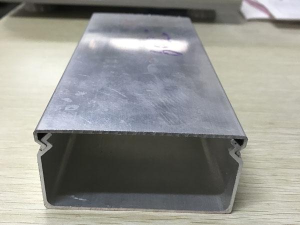 铝合金线槽盖板