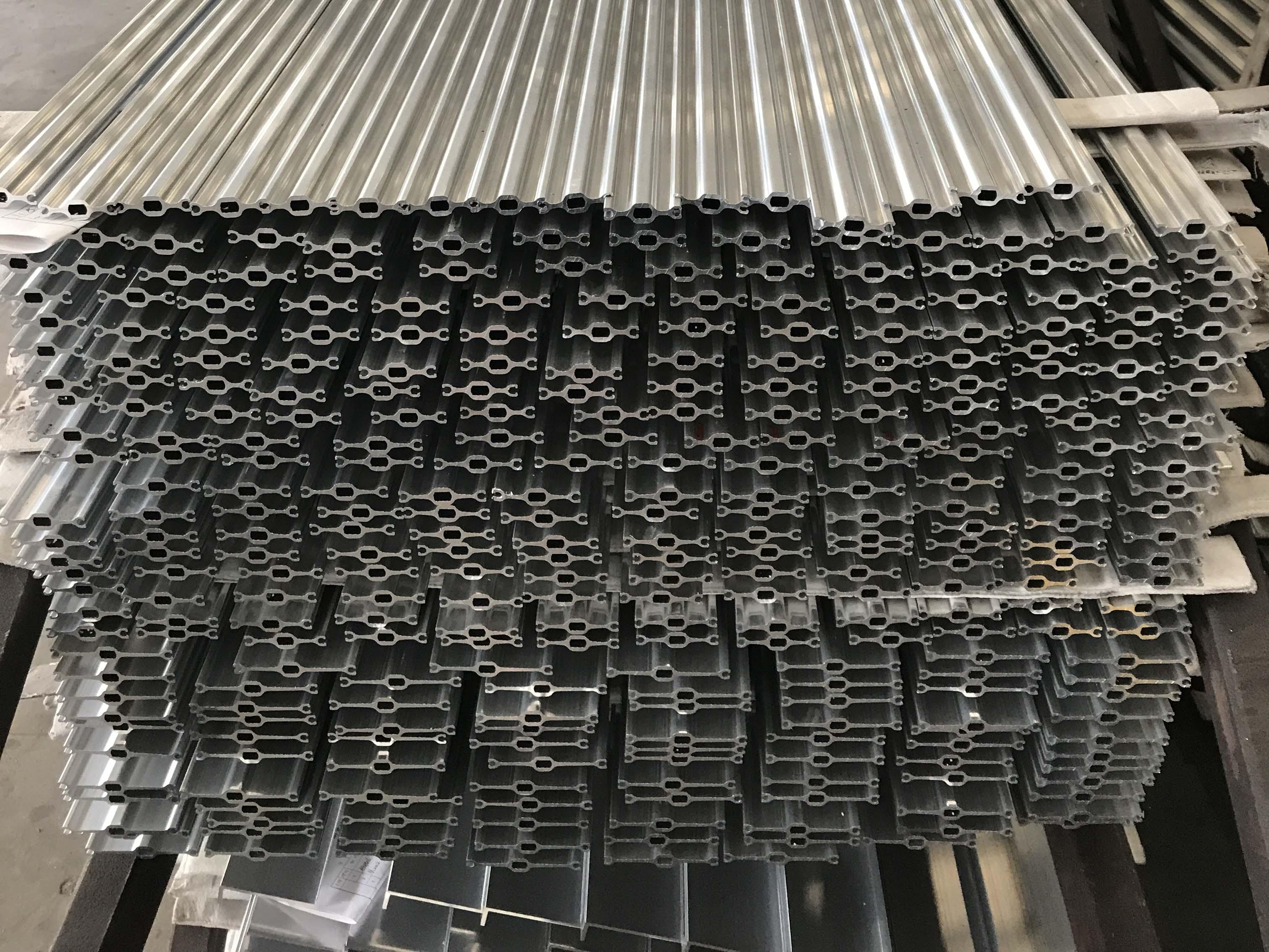 南京鸿发有色通风铝型材