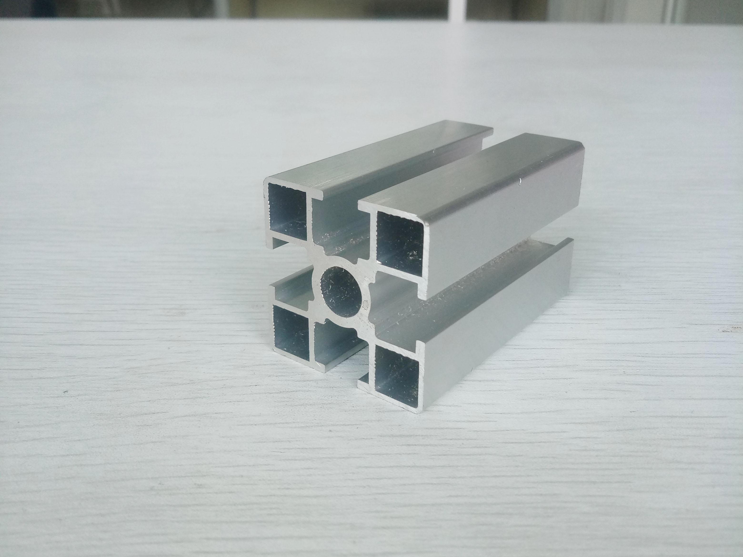 厂家直销4040国标圆孔铝材