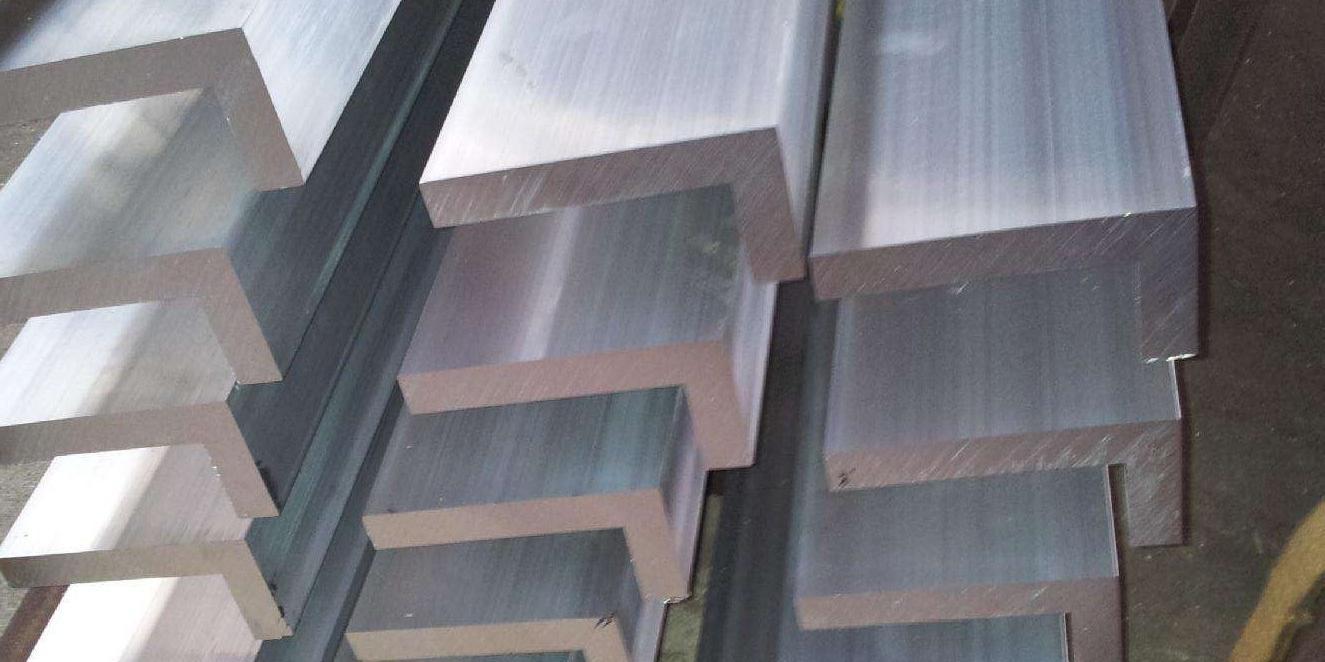 工业铝型材喷射清洗的应用管理
