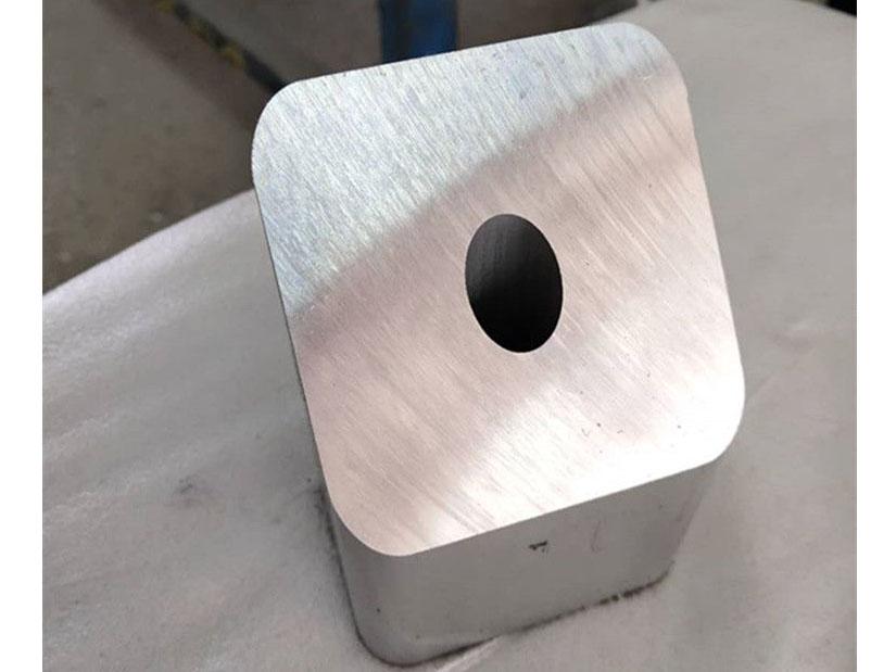 方形铝型材切斜角