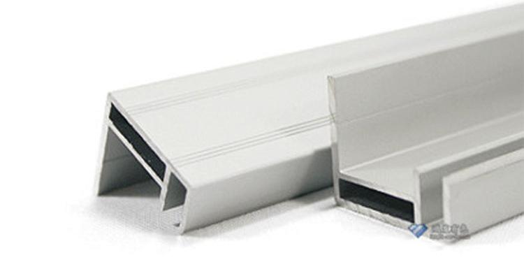 工业铝型材表面喷砂的作用
