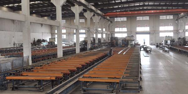 怎样防止铝型材在生产中弯曲变形?