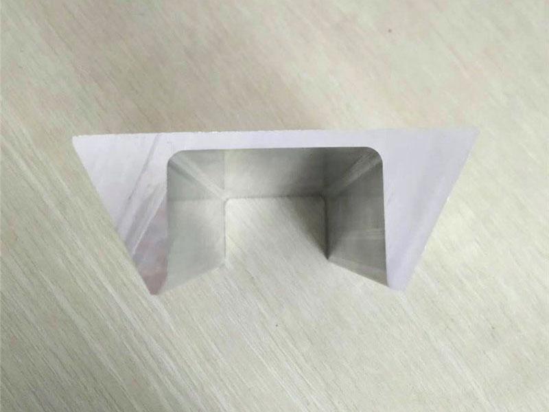 梯形导轨铝型材 厚壁直线导轨生产厂家